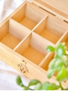 Chic des Plantes ! Coffret en bois sur-mesure pour ranger ses infusions. 6 compartiments.
