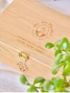 Chic des Plantes ! Coffret en bois sur-mesure pour ranger ses infusions, logoté et gravé Chic des Plantes !